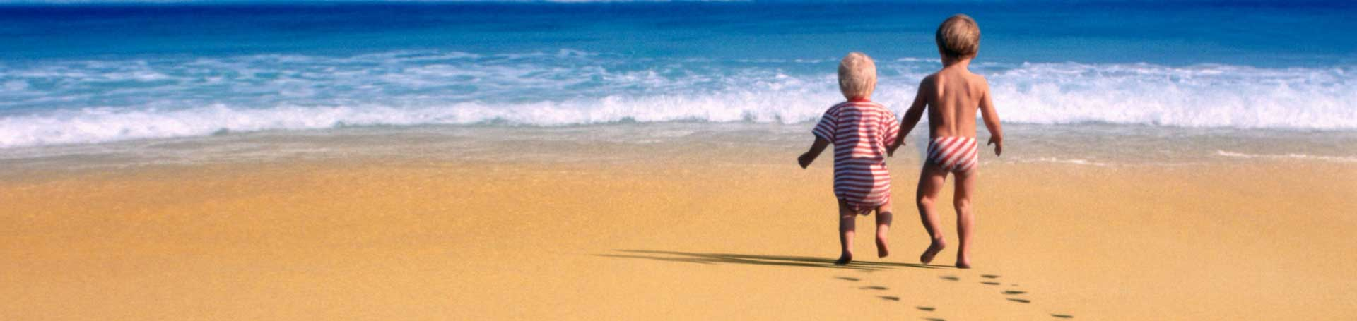beach-kids-babies-wallpaper-1